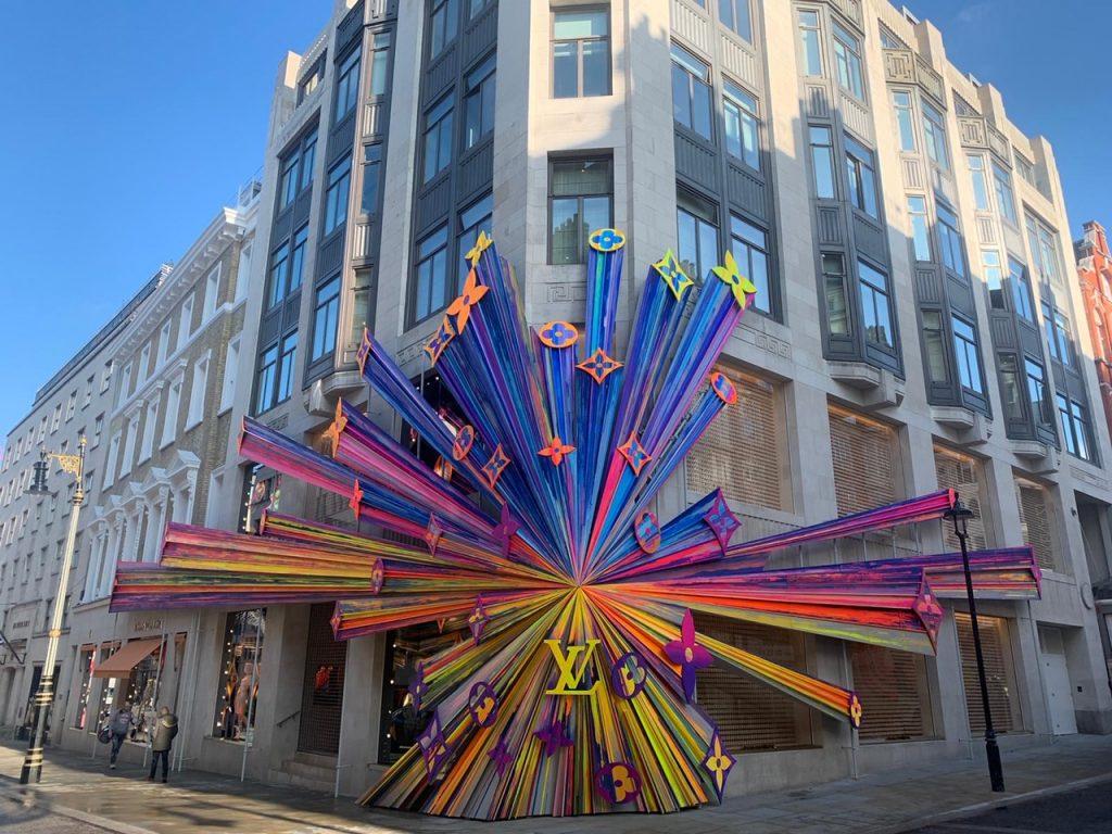 Masons Scaffolding Louis Vuitton display New Bond Street